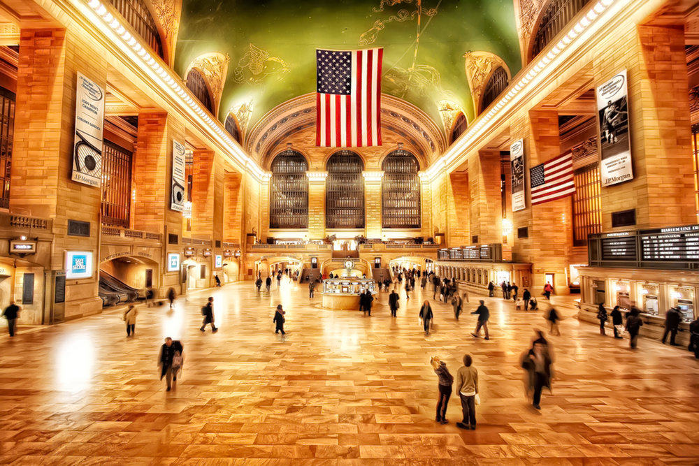 Grand Central Terminal main concourse. photo:    @lucascompan