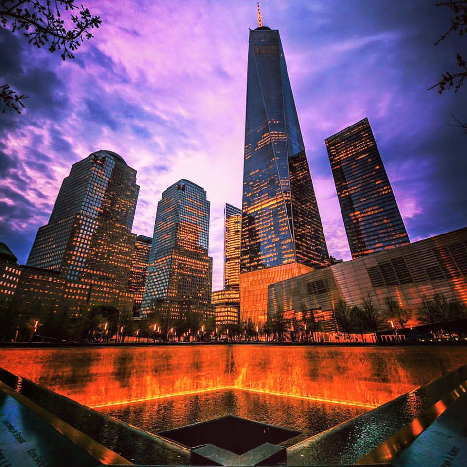 911 memorial and the one wtc. photo:   @lucascompan