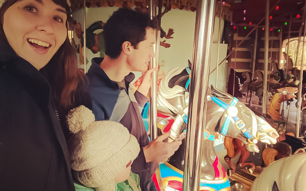 Family fun at Central Park carousel. Photo:   @nathaliatree