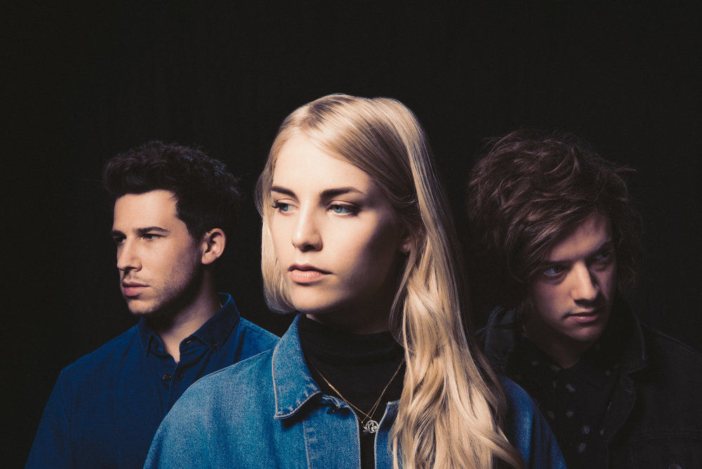 London Grammar (Eliot Lee Hazel)2538-2.jpg