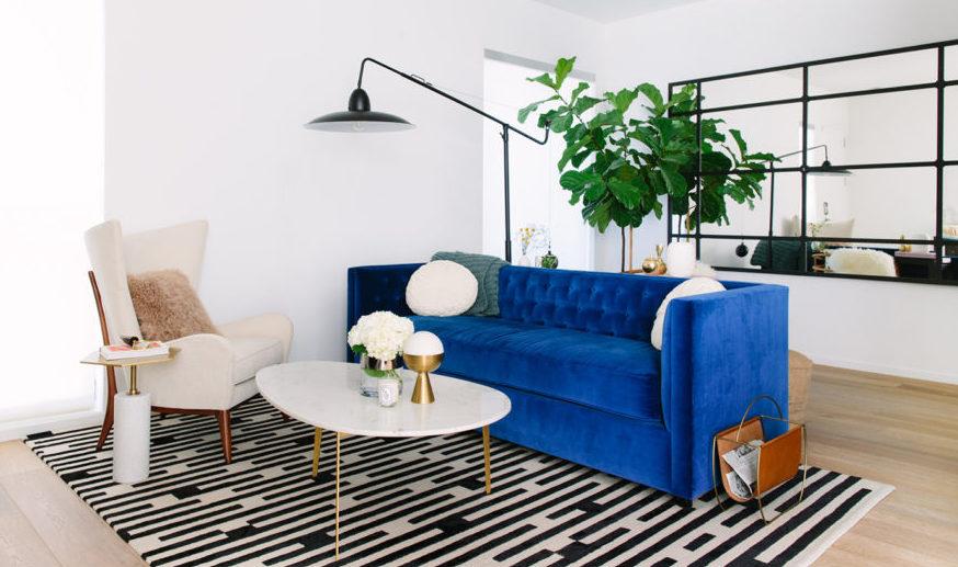 Blue-Velvet-Sofa-via-ruemag.com_-2-e1496432111244.jpg
