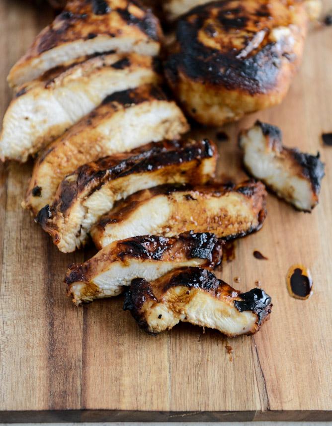 honey chipotle chicken bowls I howsweeteats.com 2.jpg 2 - Chicken Chipotle | Frango com chipotle e salada de quinoa