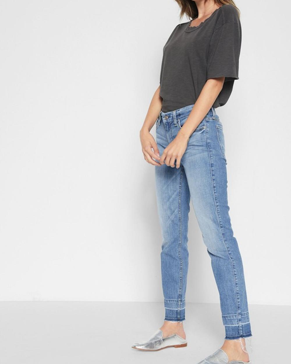 Meu mom jeans favorito no sale da 7 For All Mankind.
