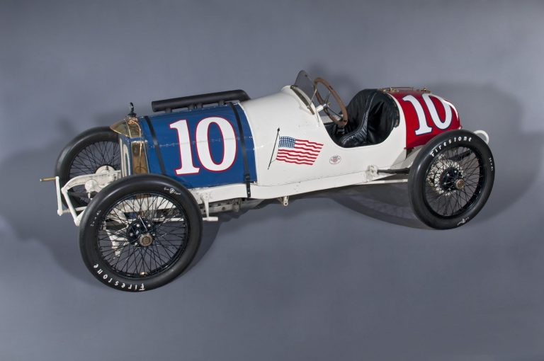 1914 Duesenberg driven by Eddie Rickenbacker. Photo courtesy of Indianapolis Motor Speedway Museum.