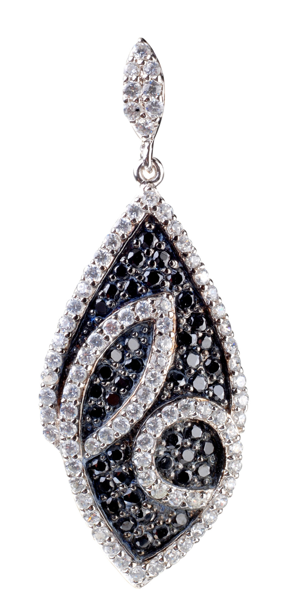 chong chong strong jewel black and white earring pendant jewelry.jpg