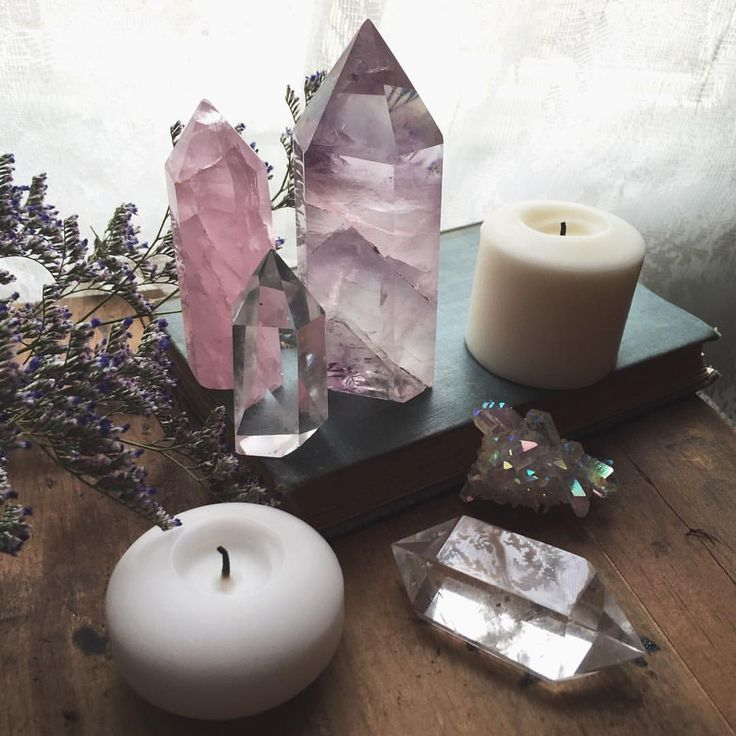 857e3947a22cd512330024c797d855b9--crystals-and-gemstones-crystals-and-candles.jpg