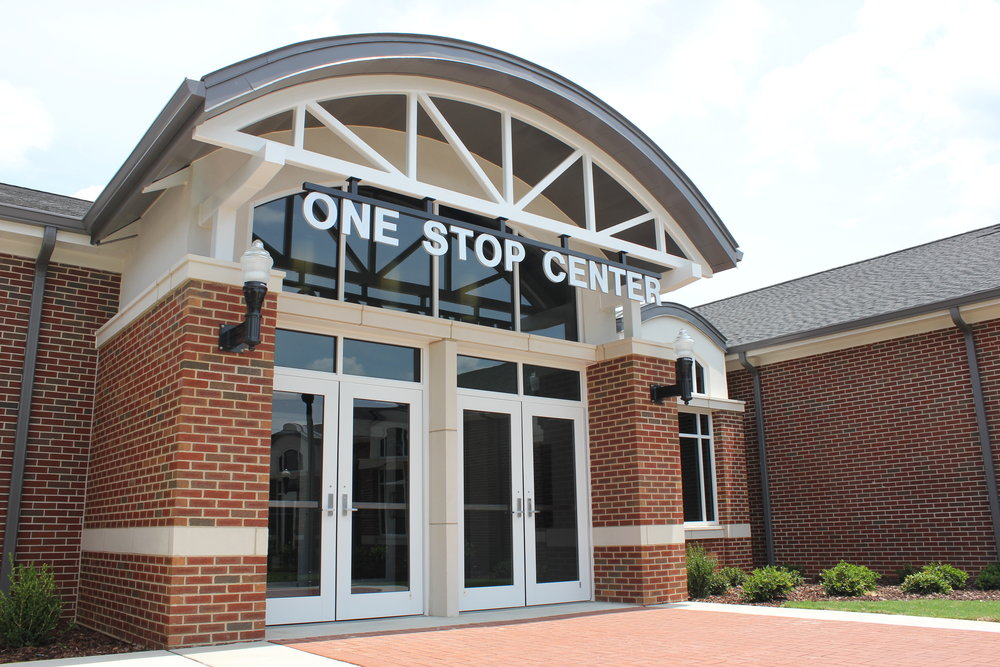 Gadsden State One Stop Center_Photo_Entrance_4.JPG