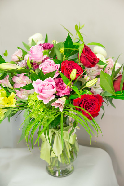 $100 Arrangement - size and special blooms