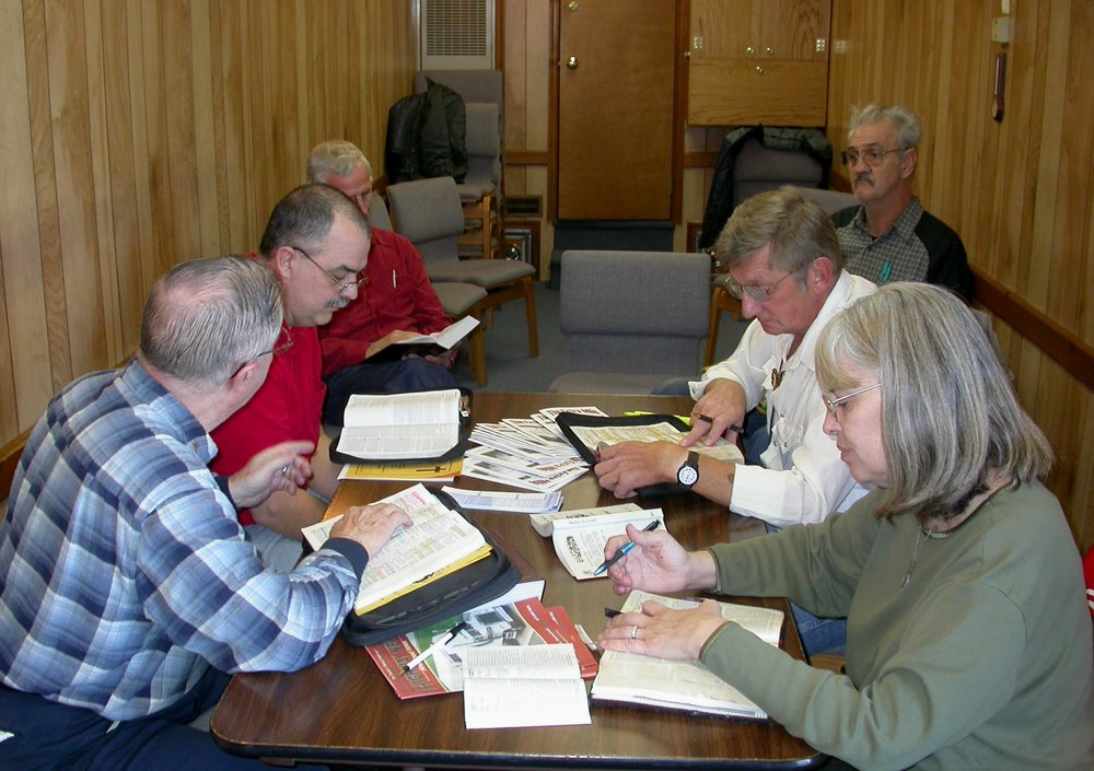 Volunteer Chapain Charles Geesey leads a Bible study. (1).JPG