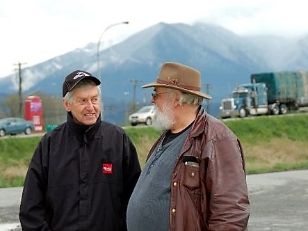 truckers, talking, 2 (2).jpg
