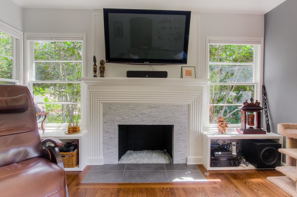 glendale_fireplace_opt.jpg