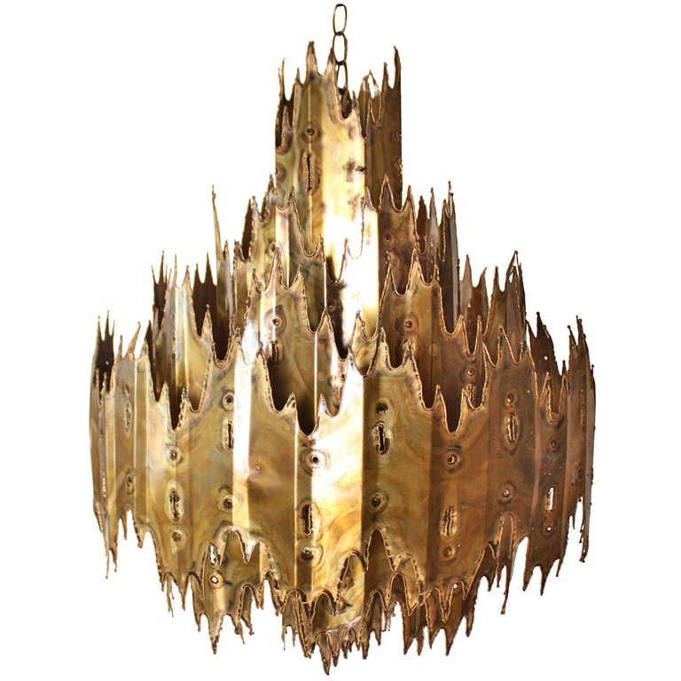 brutalist chandelier.jpg