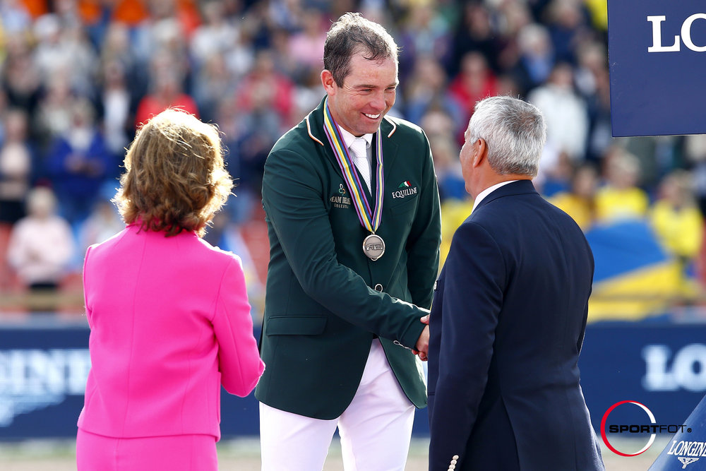 Cian O'Connor riding Blue Loyd at London 2012
