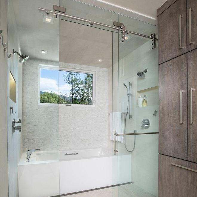 Custom Glass & Shower Doors -