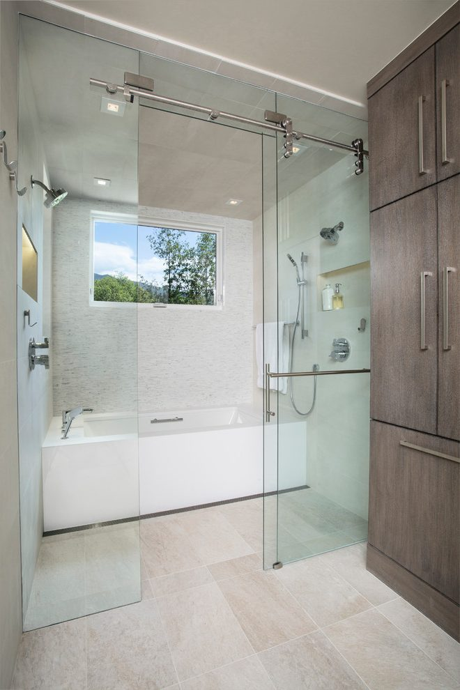 CR Laurence Frameless Shower Door 6.jpg