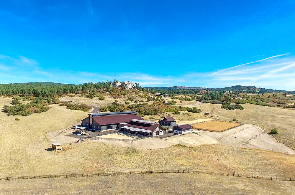 Tazi Ranch - Western Lands provided land enhancement plans for this 150-acre private ranch in Douglas County, Colorado. We developed a weed management plan, erosion control for the roads, and a native revegetation plan for a stream and ponds.