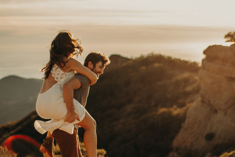 adventurous-engagement-photos-los-angeles.jpg