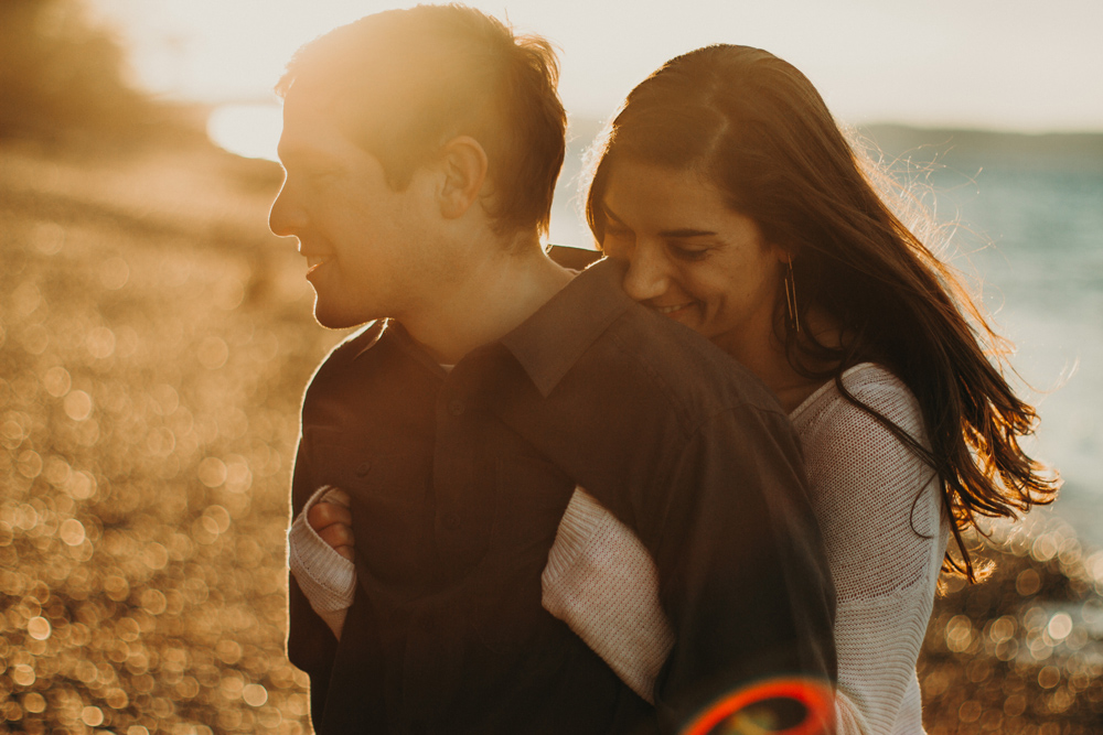 sunrise-engagement-photos-seattle-by-jennycollen.jpg