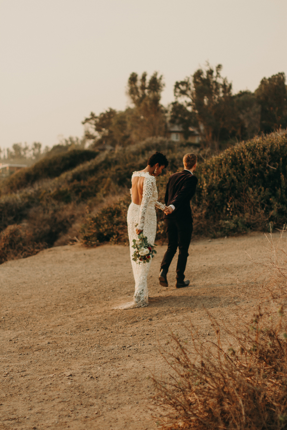 romantic-sunset-elopement-los-angeles.jpg