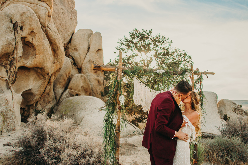 los-angeles-desert-california-wedding-elopement.jpg