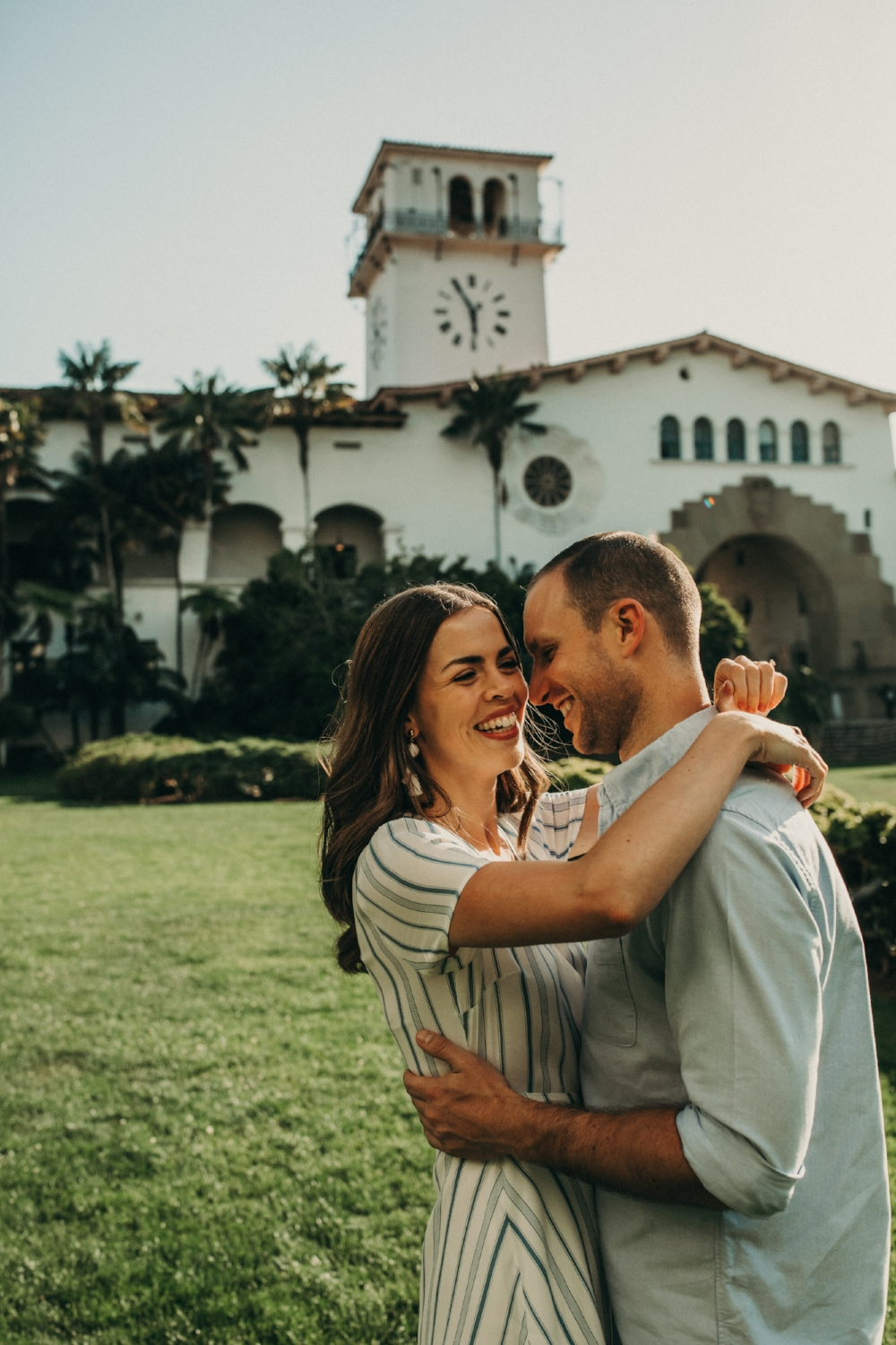 santa-barbara-courthouse-engagement-photos-20180527-079A2199-Edit.jpg