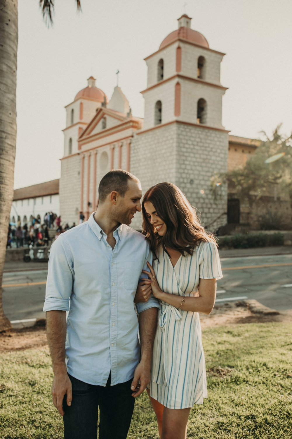 santa-barbara-mission-engagement-photos-20180527-079A2575-Edit.jpg