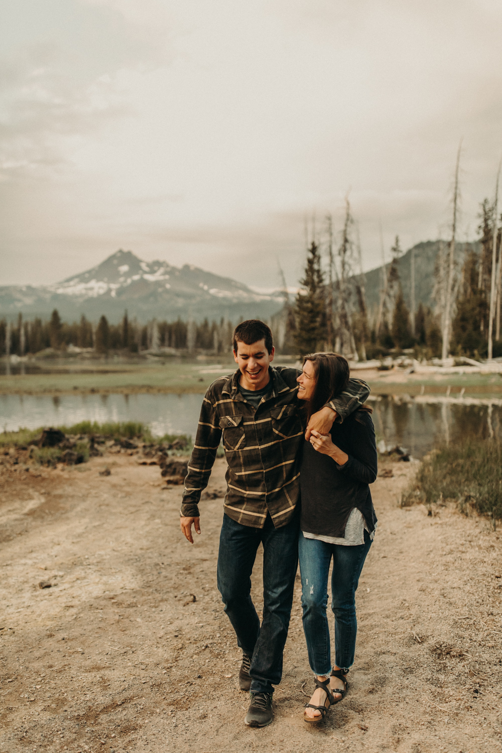 bend-oregon-engagement-photos-20180619-079A8431.jpg