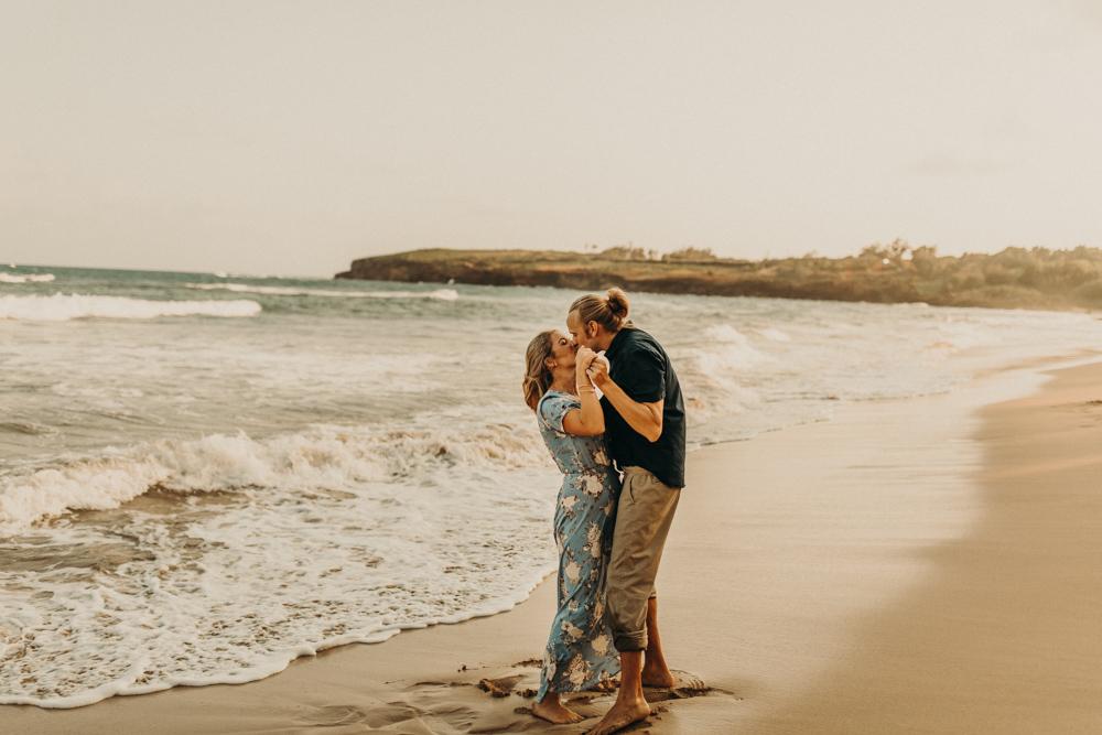 kauai-hawaii-beach-engagement-wedding-photography-20180702-079A0713.jpg