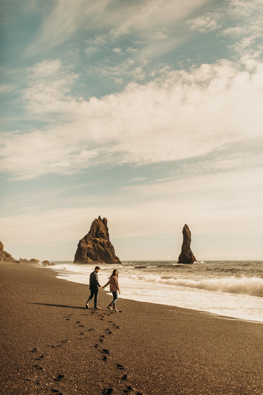 iceland-black-sand-beach-engagement-photos