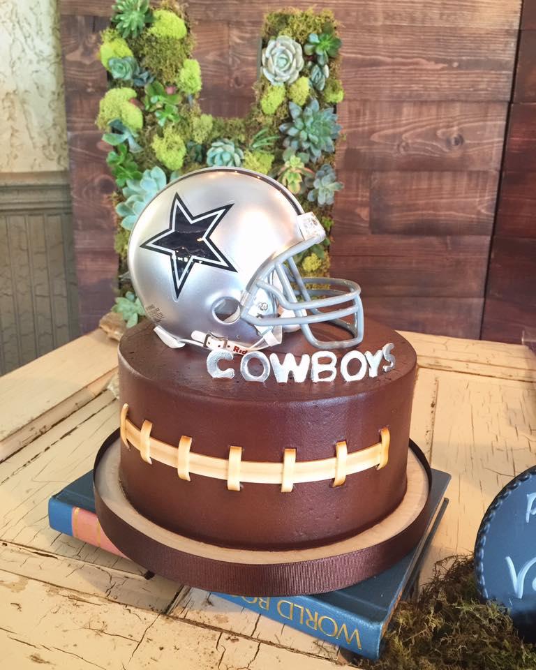 Cowboys Football Cake.jpg