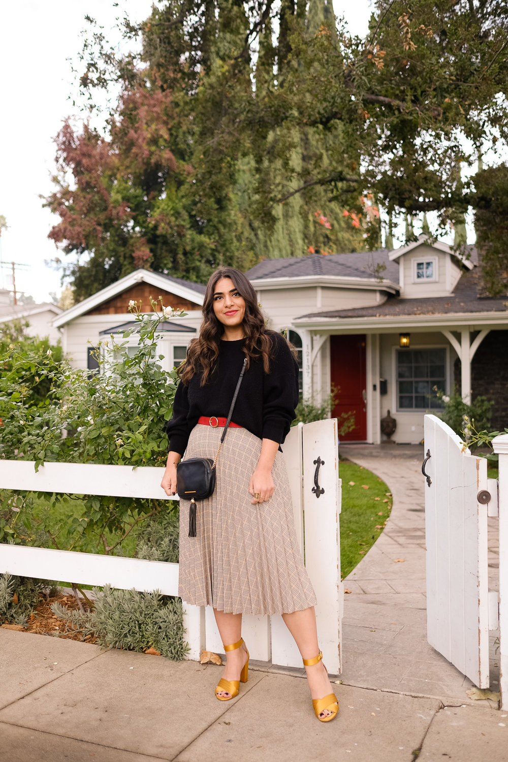 Perfect Fall outfit pleated skirt and sweater