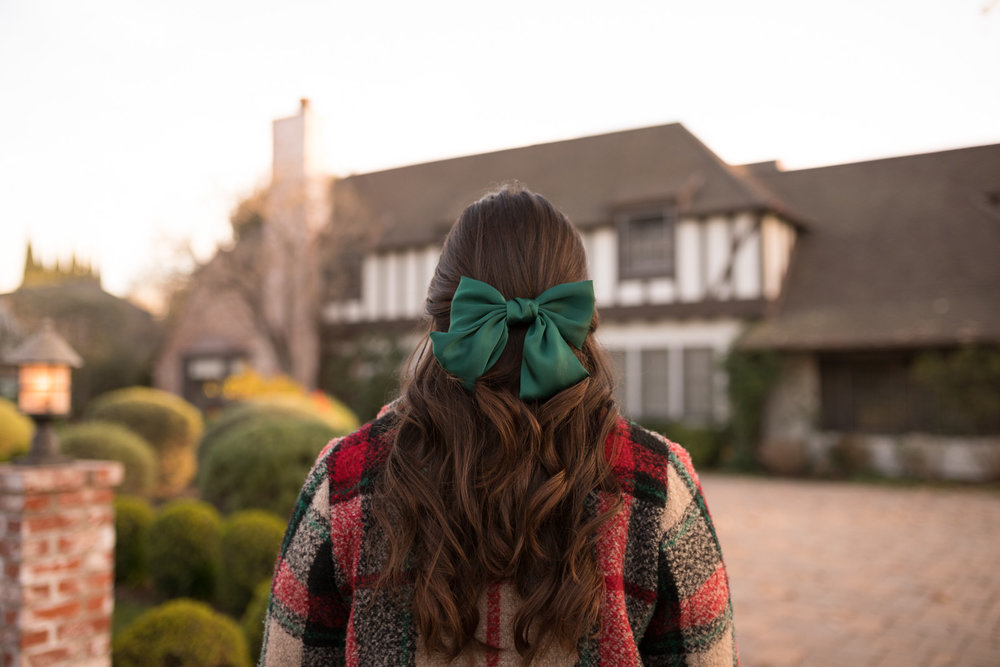 Plaid coat Zara and green bow with curls