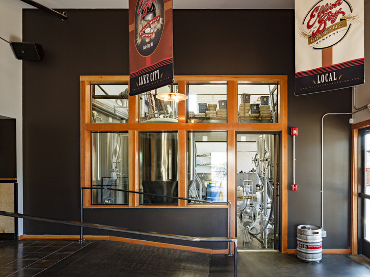 20120801-elliott-bay-brewery.jpg