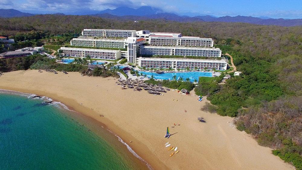 Secrets Hotel Huatulco.jpg