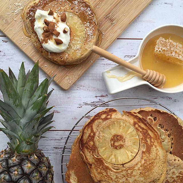 pineapple & coconut pancakes