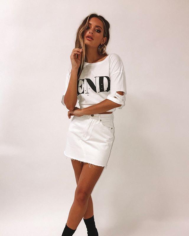 THE END ★ Our The End Distressed Tee + Sparrow Denim Skirt -- Tap to shop bbys!