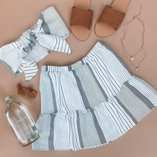 ☀� Our everyday go-to Summer time fit' ☀� Billini Crete Slides, Shoalhaven Woven Earrings, Tulum Set, Palm Leaf Layered necklace ~ Online now bbys!