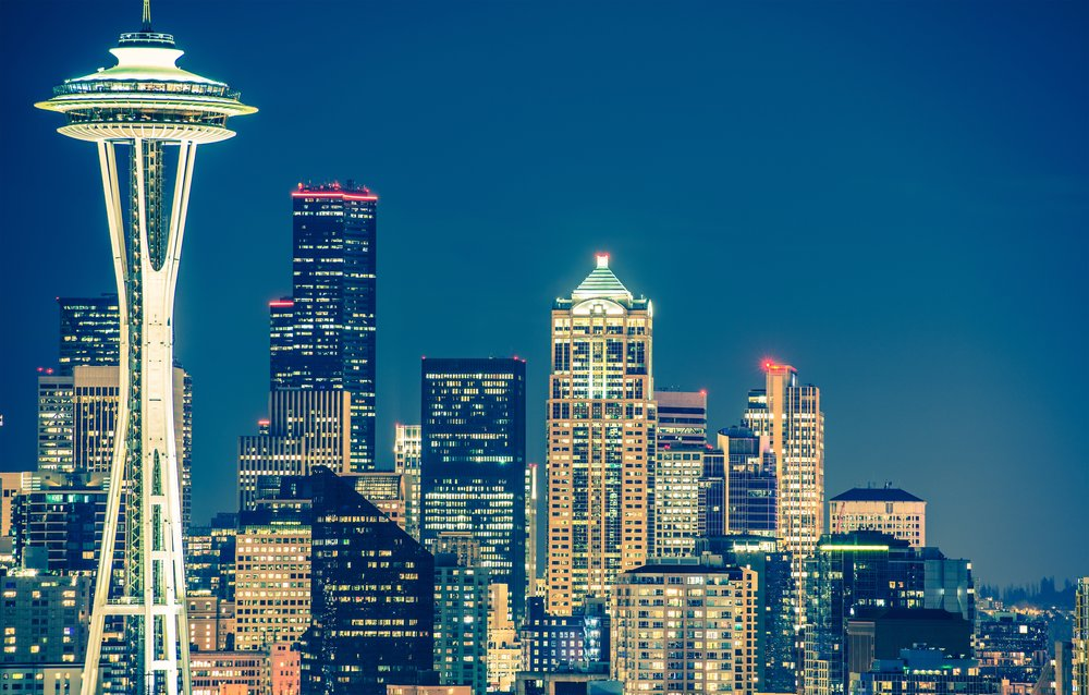 seattle-architecture-at-night-PUTFBVD.jpg