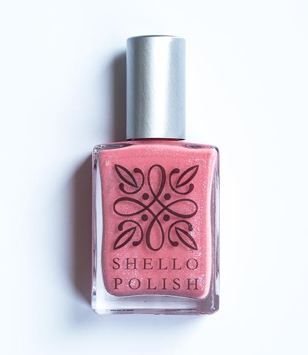 sparkly_nail_polish.png