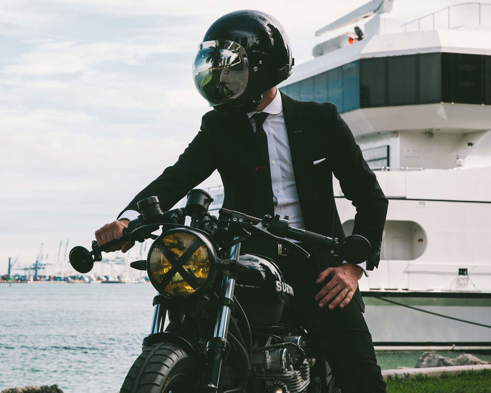 The-Suited-Racer-SMF-Featured.jpg