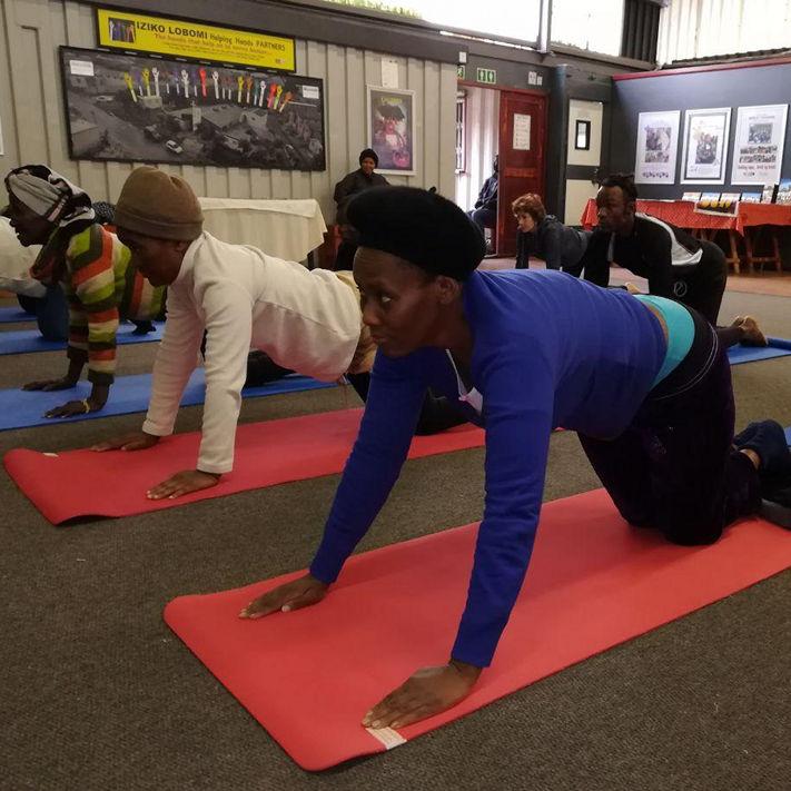 yoga_class.jpg