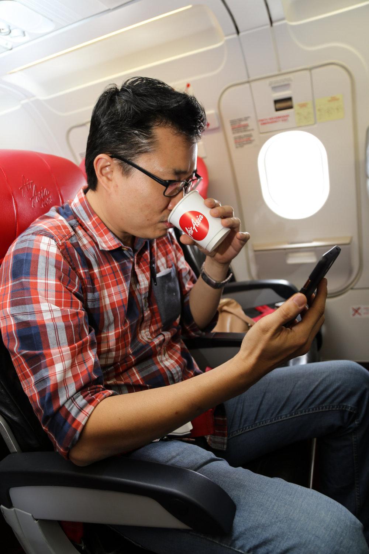 AirAsia提供會員ROKKI航班免費網路服務.jpg