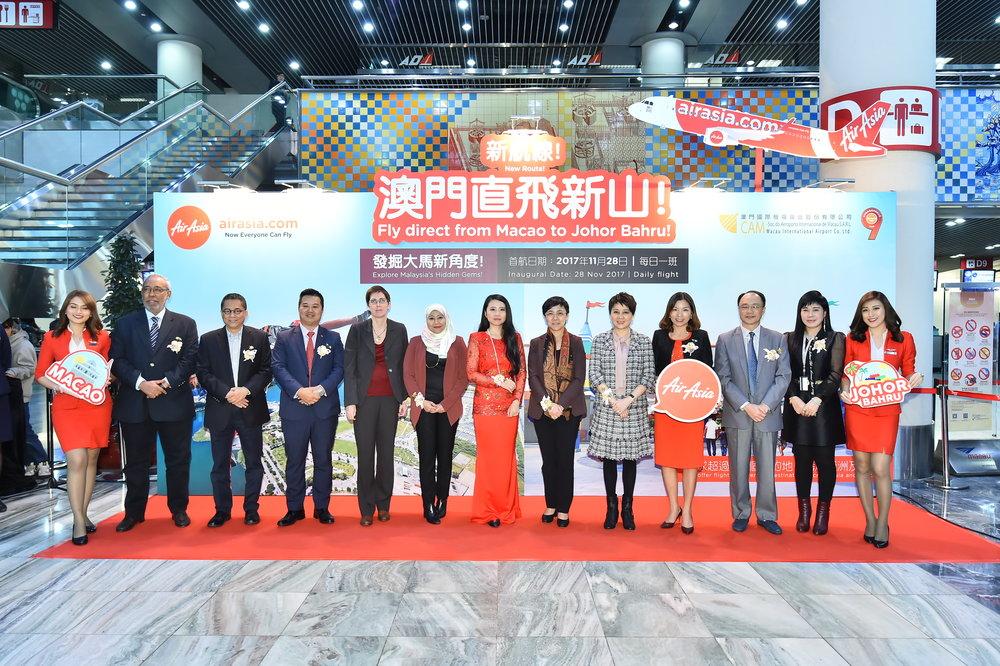 11AirAsia Press Release-亞洲航空慶賀澳門-馬來西亞新山航線正式首航.jpg