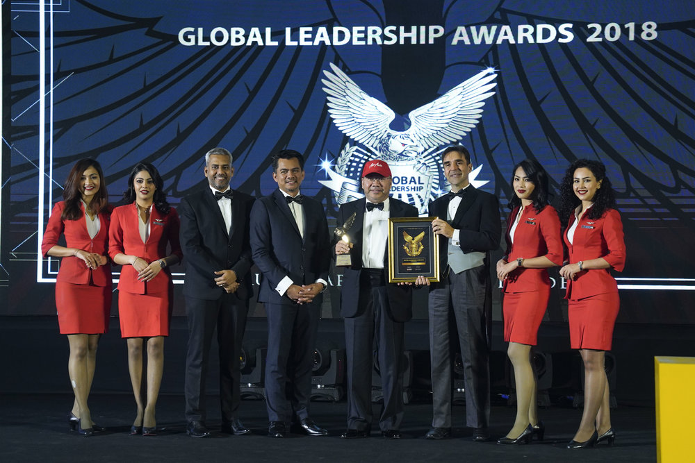 Photo Caption:  (Third from left) The Leaders International Magazine CEO Shahul Hameed Dawood, Deputy Minister of Home Affairs YB Dato' Mohd Azis Jamman, AirAsia co-founder, AirAsia Group Berhad Executive Chairman and AirAsia X Group CEO Datuk Kamarudin Meranun, and American Leadership Development Association (ALDA) Founder Arthur Carmazzi at the Global Leadership Awards 2018 held in Kuala Lumpur recently.