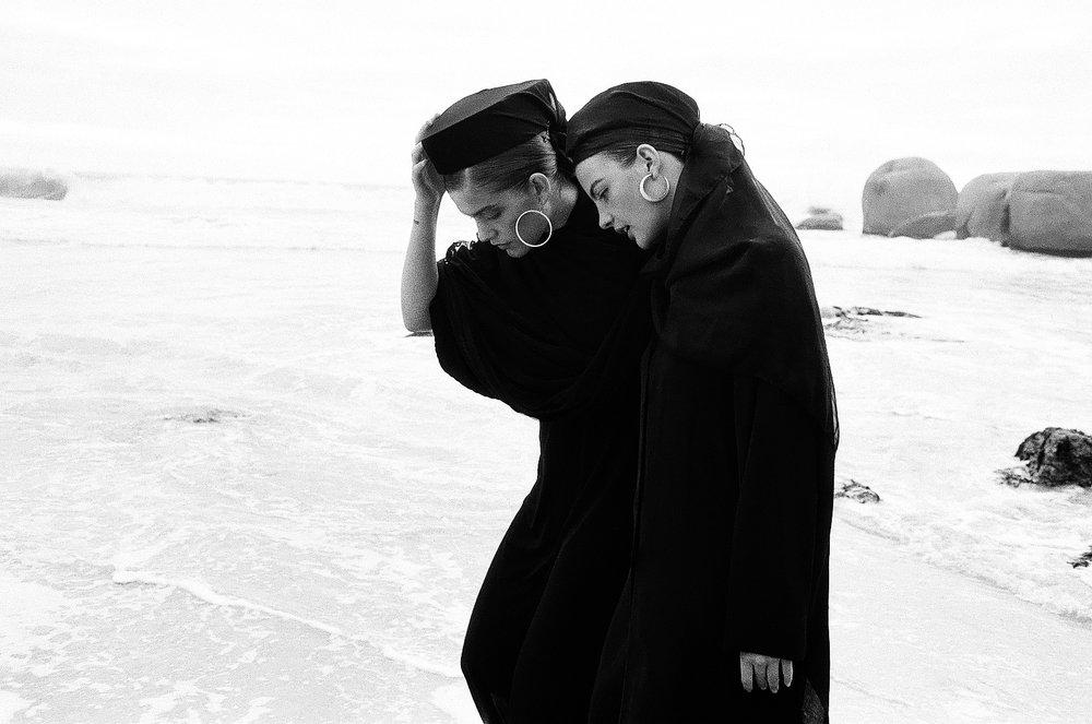 detlef honigstein - black beach (22).jpg