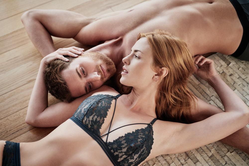 maxmotel_sw_beach-house-underwear_capetown2018_09_couple_floor_2067.jpg