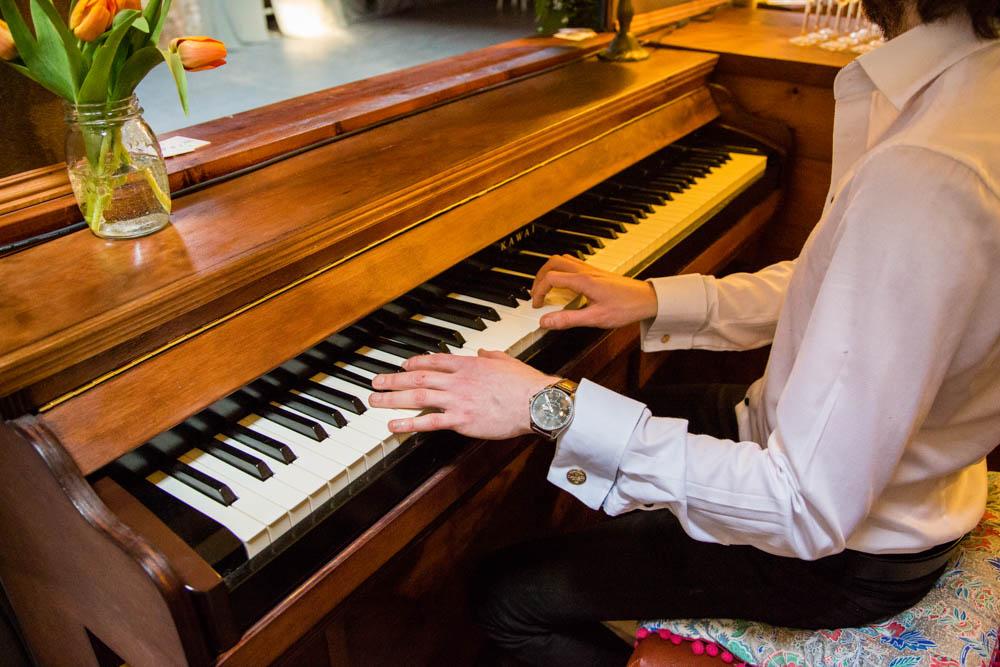 Rustys-Travelling-Piano-Bar-Scotland-14.jpg