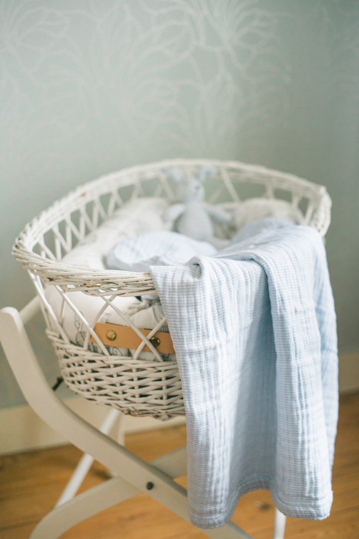 Baby-Bassinet-Moses-Crib-Make-Over-AnaisStoelen-14.jpg