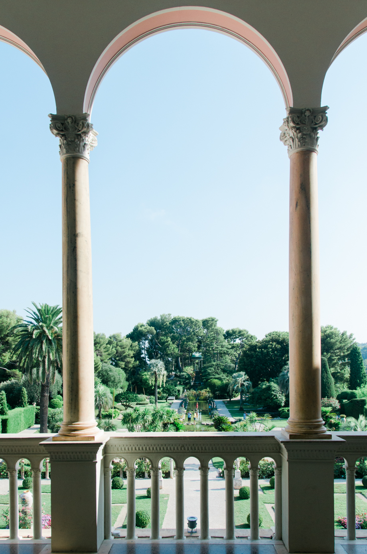 Travel-special-villa-gardens-ephrussi-de-rothschild-anais-stoelen -11.jpg