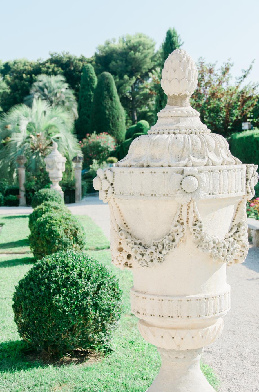 Travel-special-villa-gardens-ephrussi-de-rothschild-anais-stoelen -13.jpg